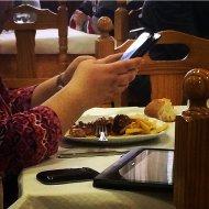 używanie urządzeń mobilnych
